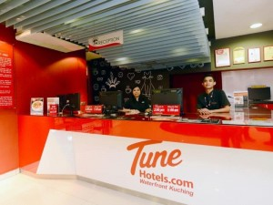 Tune Hotel Waterfront Kuching 4