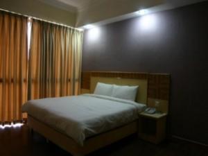 Houz Inn 4